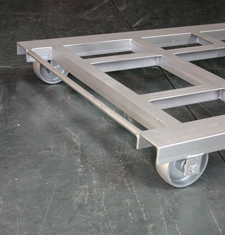 TROLLEY WITH ROTATING WHEELS